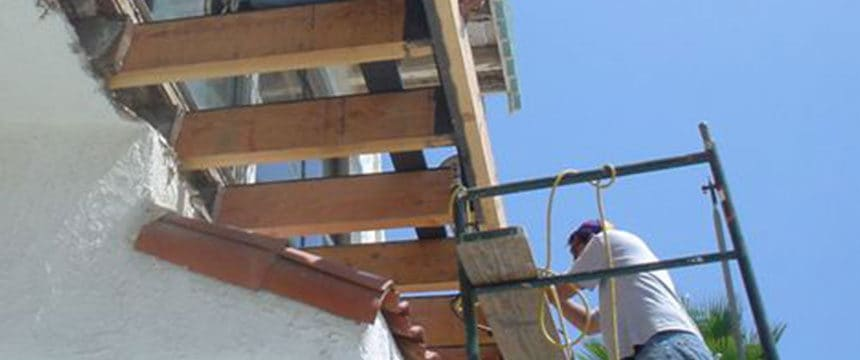 Engineer carrying out lintel repairs