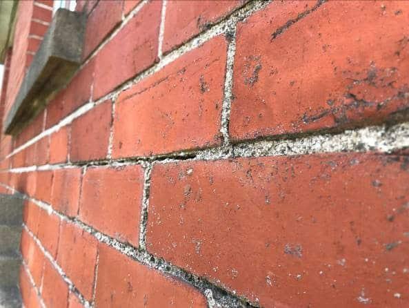 Horizontal Mortar Joint Cracking