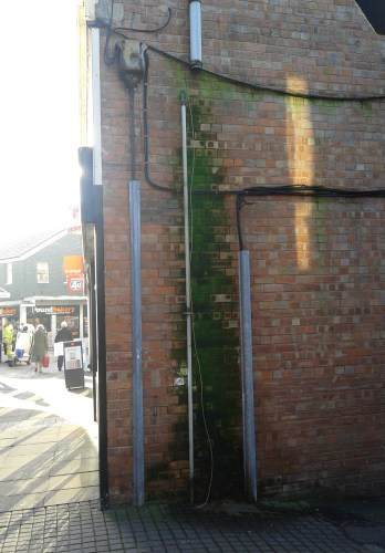 Penetrating damp as a result of damaged rainwater goods